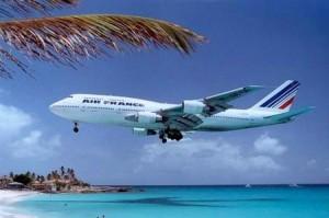 come-affrontare-un-lungo-volo-in-aereo_6f274426a22fc3b3228a66e23cfe6080
